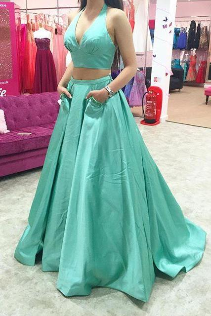 Two Pieces Prom Dress,Halter Neckline Prom Gown,Two Pieces Party Dress,Halter Neckline Graduation Dress,Sexy V-neckline Green Prom Dress