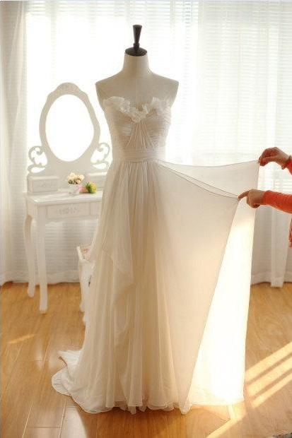 Simple Chiffon Wedding Dress,Destination Bridal Dress,Beach Wedding Gowns,A-line Wedding Dresses